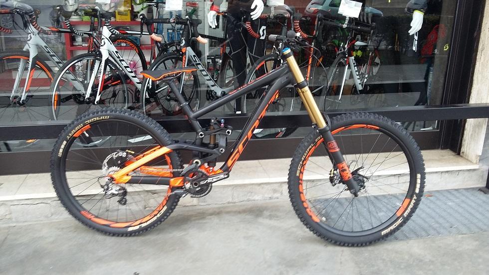 Scott Gambler 710 2017 -Dottorbike.it Rozzano Milano