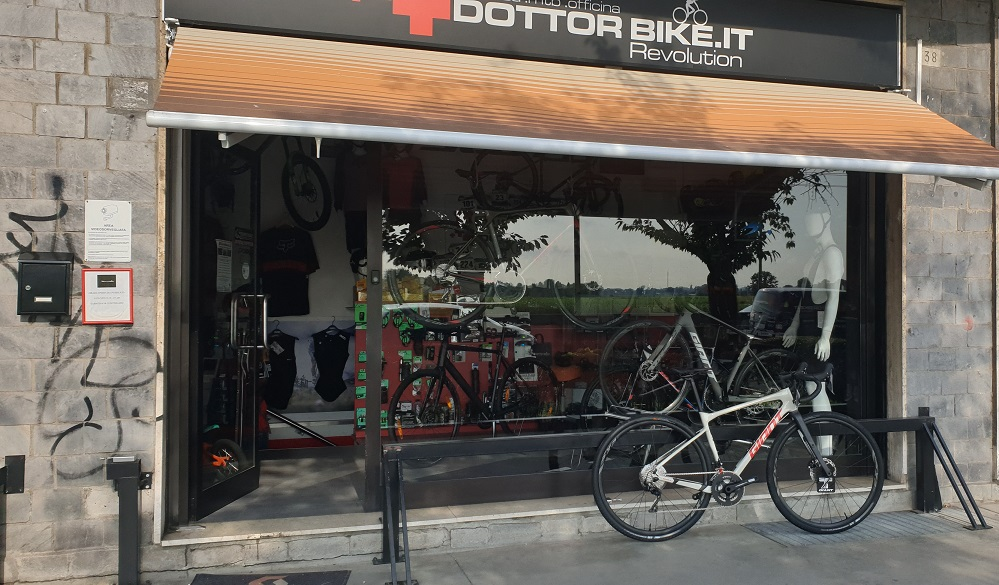 Giant REVOLT ADVANCED 2 2020-Gravel bike- Dottorbike.it Rozzano Milano