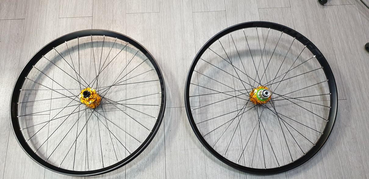 Set ruote enduro/E-bike Hope Tech Fortus 35 -Pro 4 29/27,5- Dottorbike.it Rozzano Milano