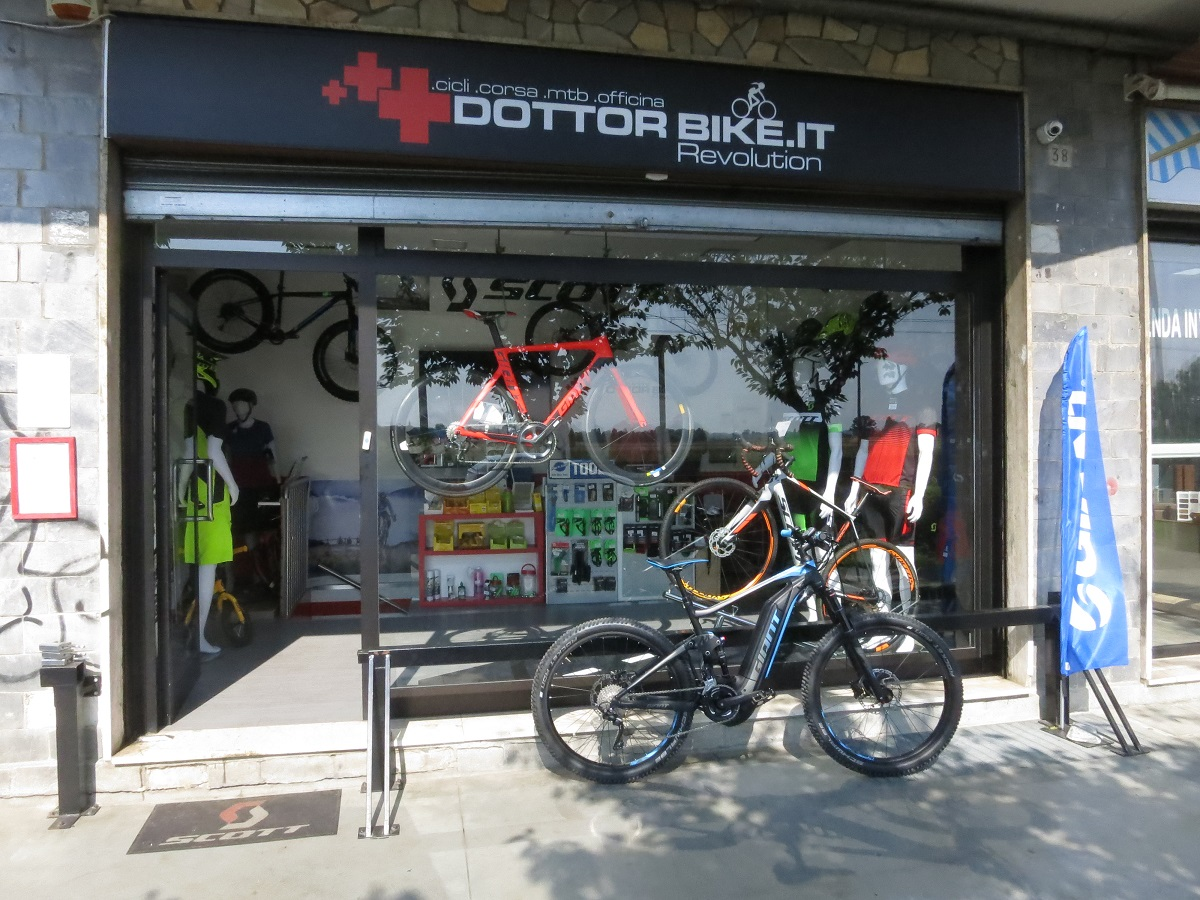 Giant Full E+1,5 2018 mtb pedalata assistita - Dottorbike.it Rozzano Milano